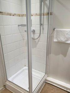 Bathroom - The Ship Inn Tresaith