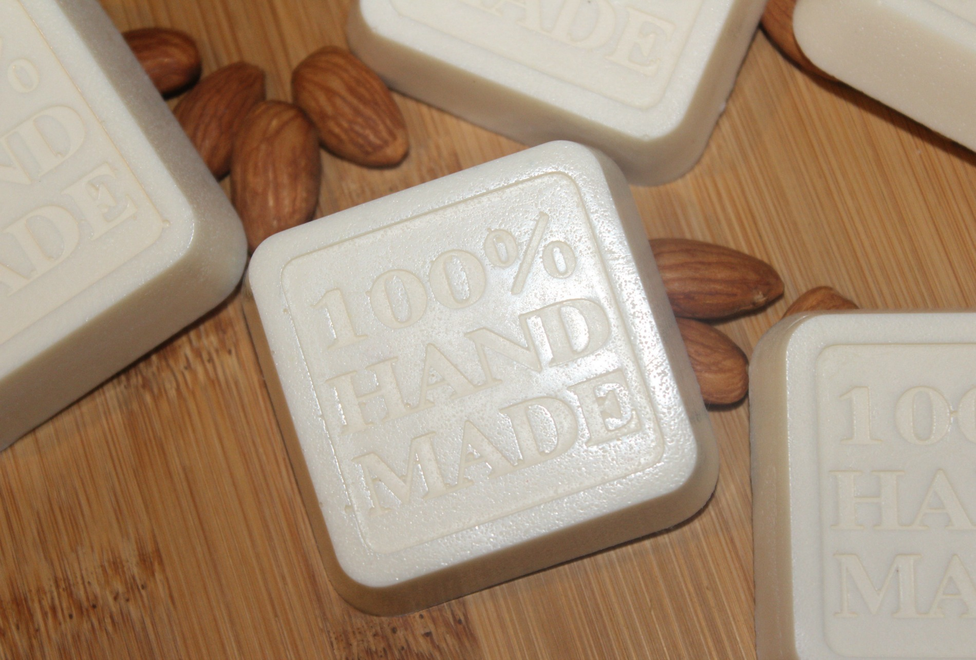 DIY Cedarwood and Almond soap for St Valentine