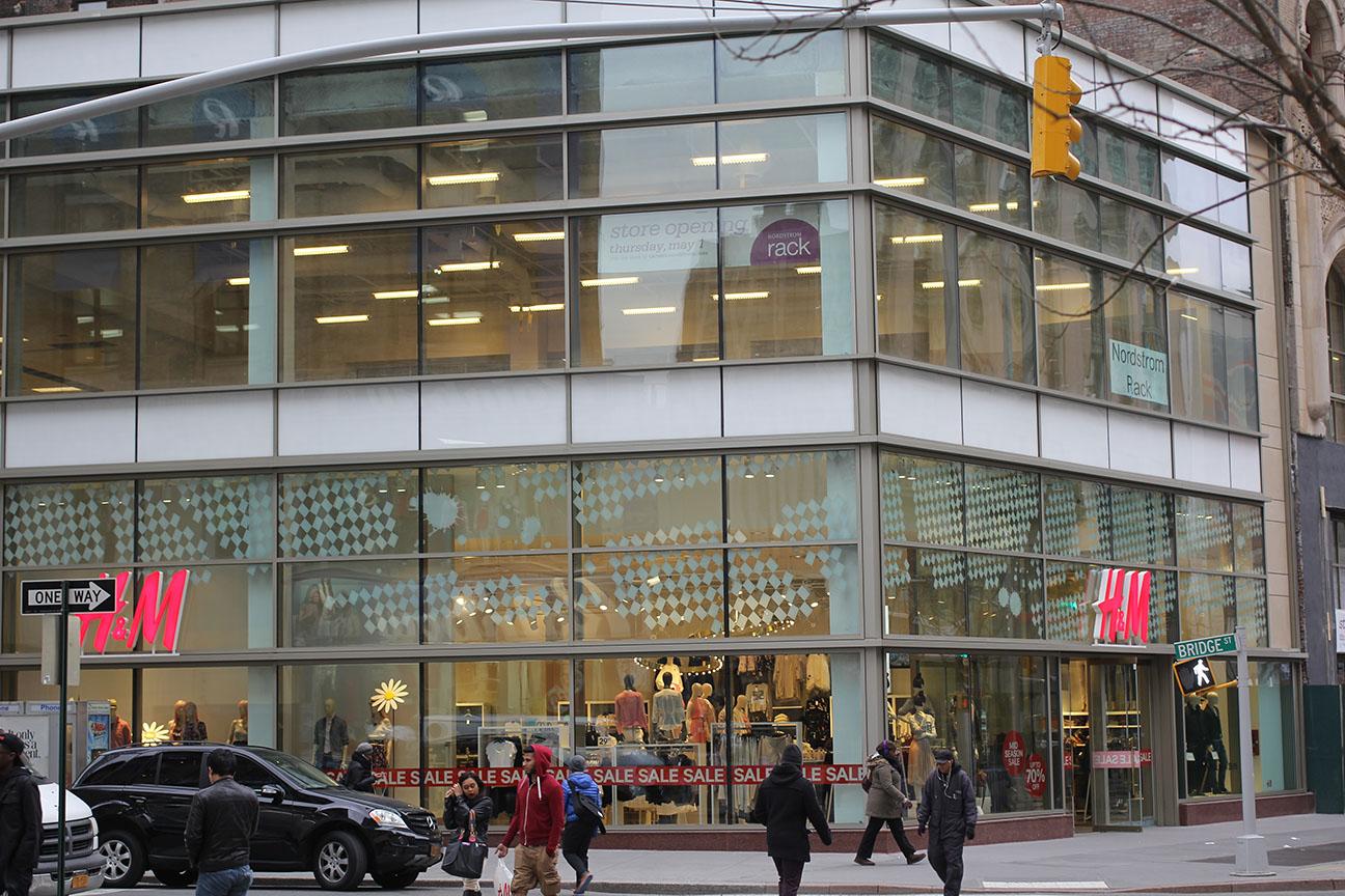 Kawneer Storefront 451t