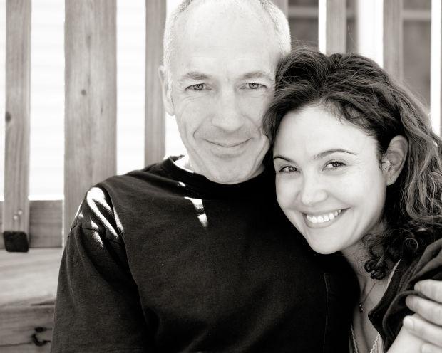 Reiko Aylesworth and her husband Rob Clare