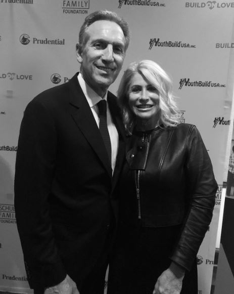 Howard Schultz wife, partner