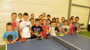 les-jeunes-seclatent-au-ping-pong