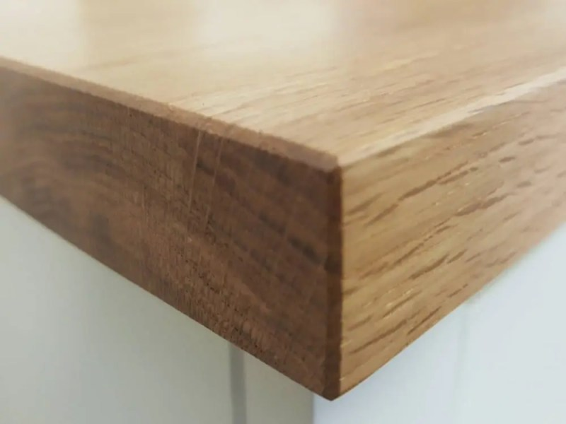 2.5cm Thick Oak Top to compliment our bespoke and made to measure furniture
