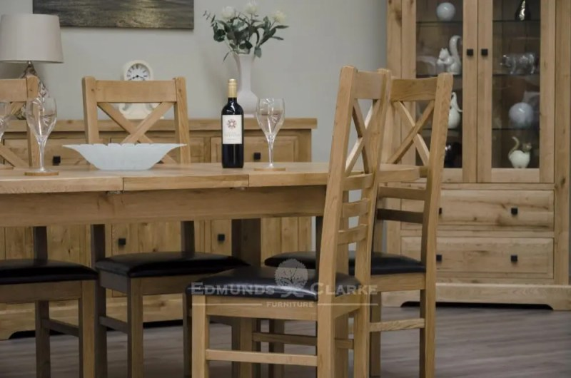 Deluxe Rustic Solid Oak Oval Extending Dining Table with two leaves seats 4-8 DLXOVAL