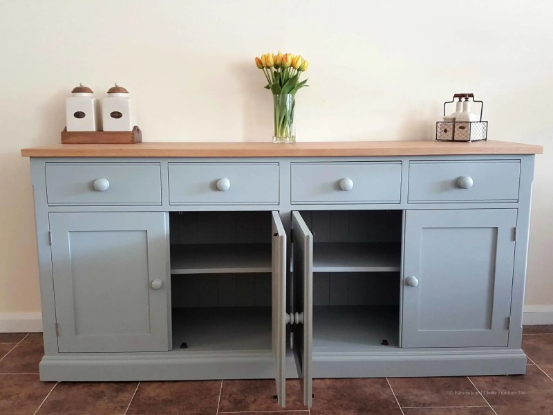 Edmunds 6'6 Painted Sideboard. 4 doors and 4 drawers. square edge oak top. adjusable shelves with painted round knobs. choice of handles. EDM031
