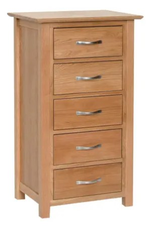 Norwich Oak 5 Drawer Wellington Chest. contemporary shaker style straight lines and shaped edges on tops. shaped chrome bar handles. 5 handy drawers NNB50