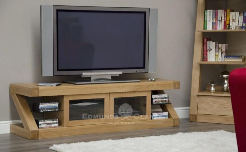 Z designer solid oak glazed tv unit with two central glazed doors ZGLZTVC