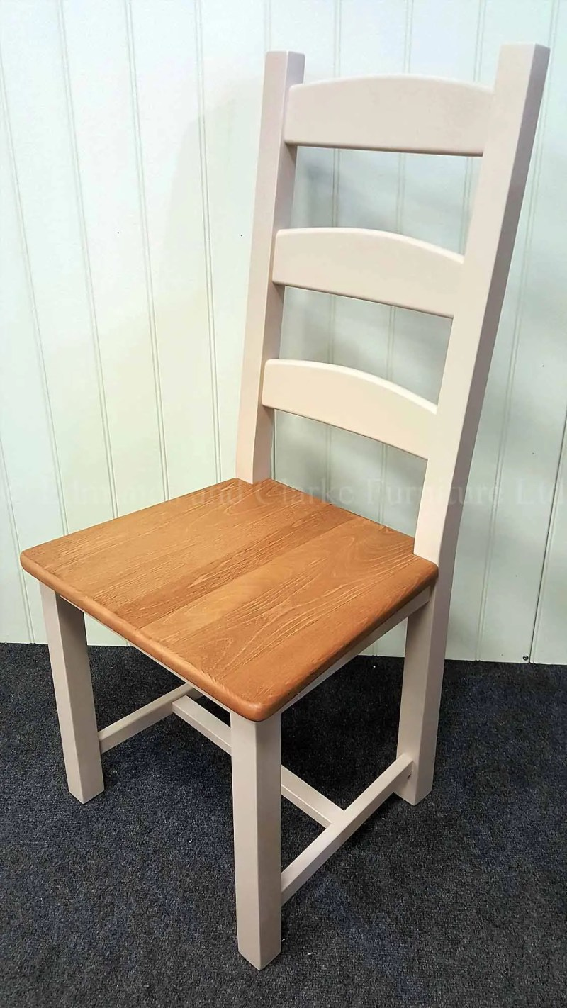 AMISH SIDE CHAIR PAINTED WITH WAXED WOODEN SEAT
