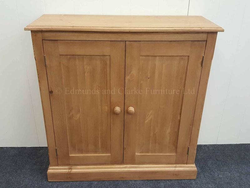 Edmunds waxed 2 door cupboard