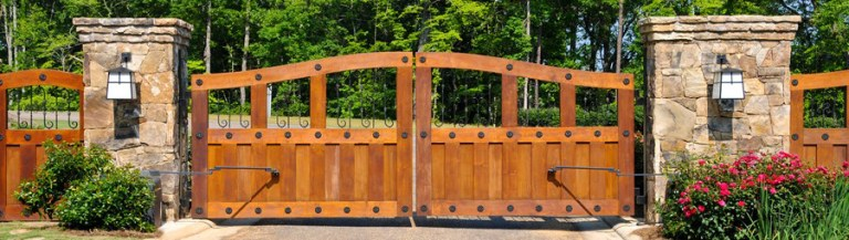Slide Versus Swing Gate: Which is best for you?
