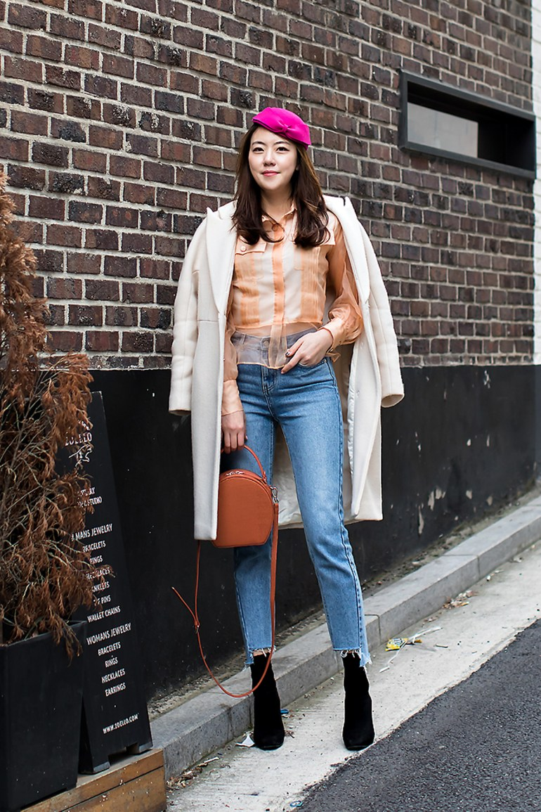 Cho Youngkyung, Street Fashion 2017 in SEOUL.jpg