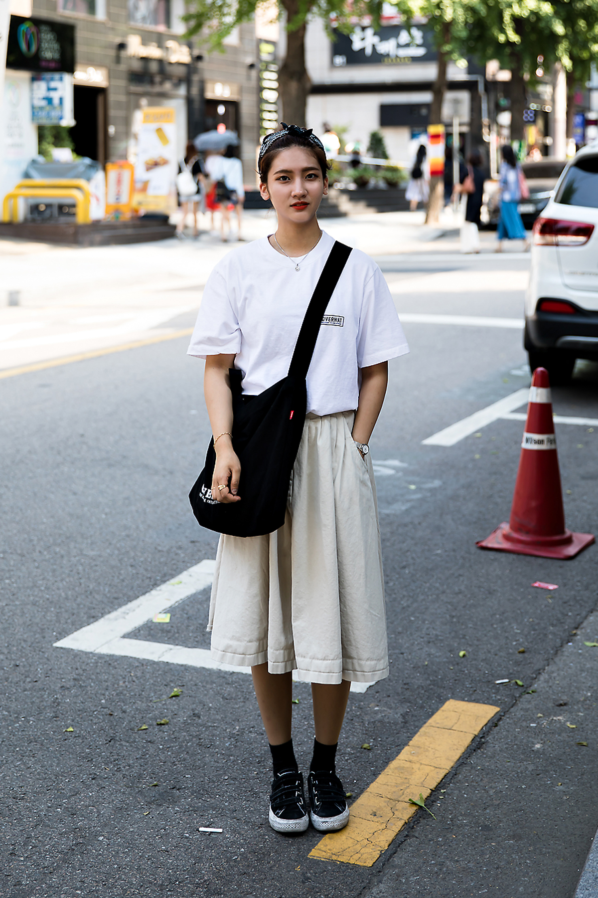 Kim Jaeyoon, Street Fashion 2017 in Seoul.jpg