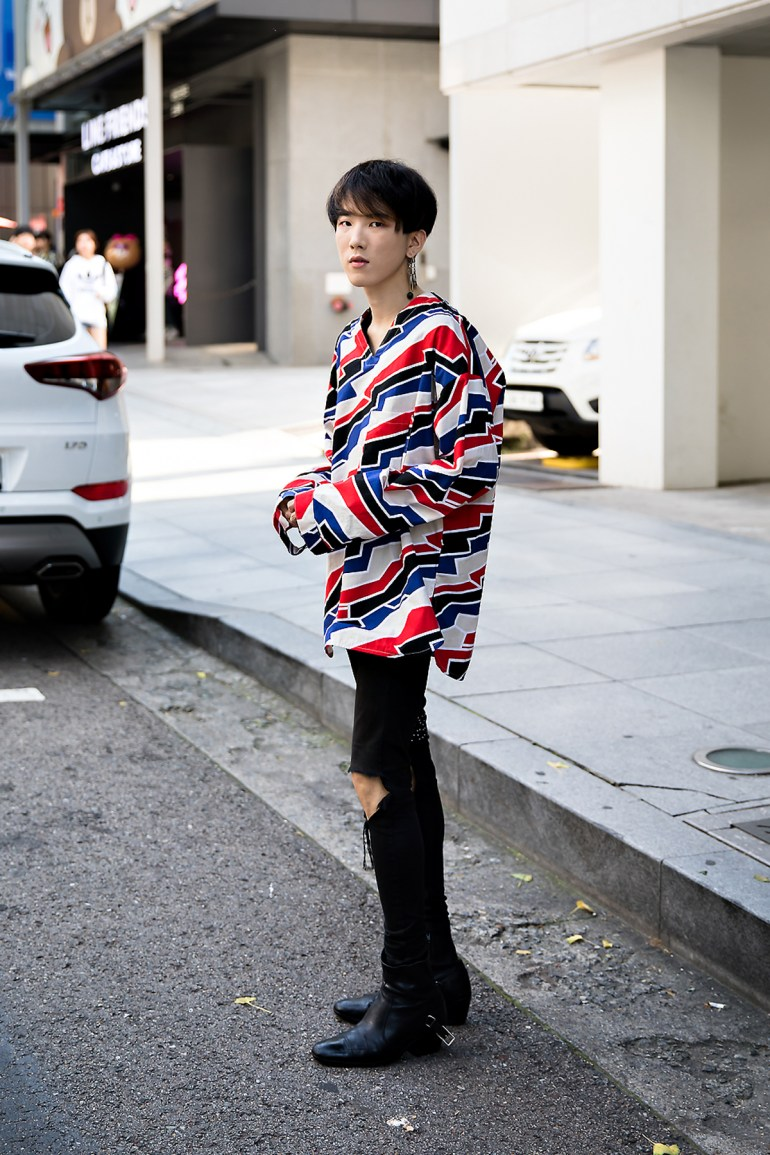 Lee Haedong, Street Fashion 2017 in Seoul.jpg
