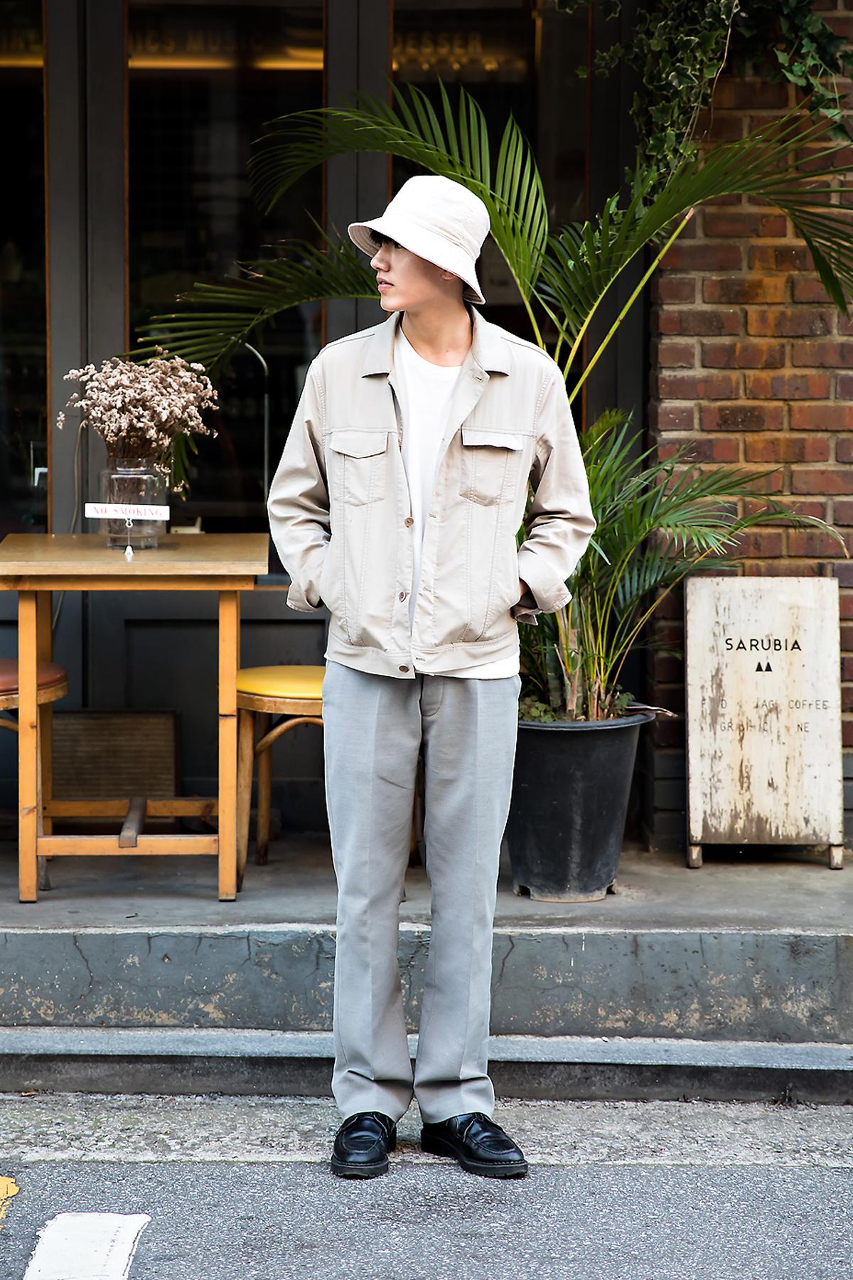 Woo Byungyoon, Street Fashion 2017 in Seoul.jpg