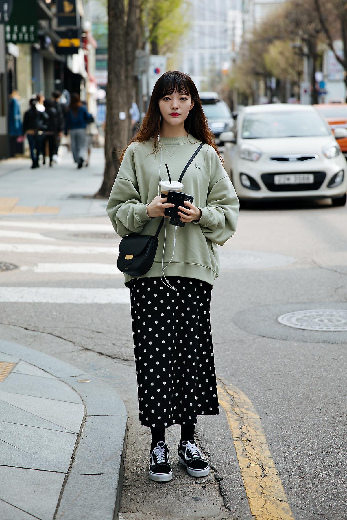 Cho Yubin, Street style women spring 2018 in seoul