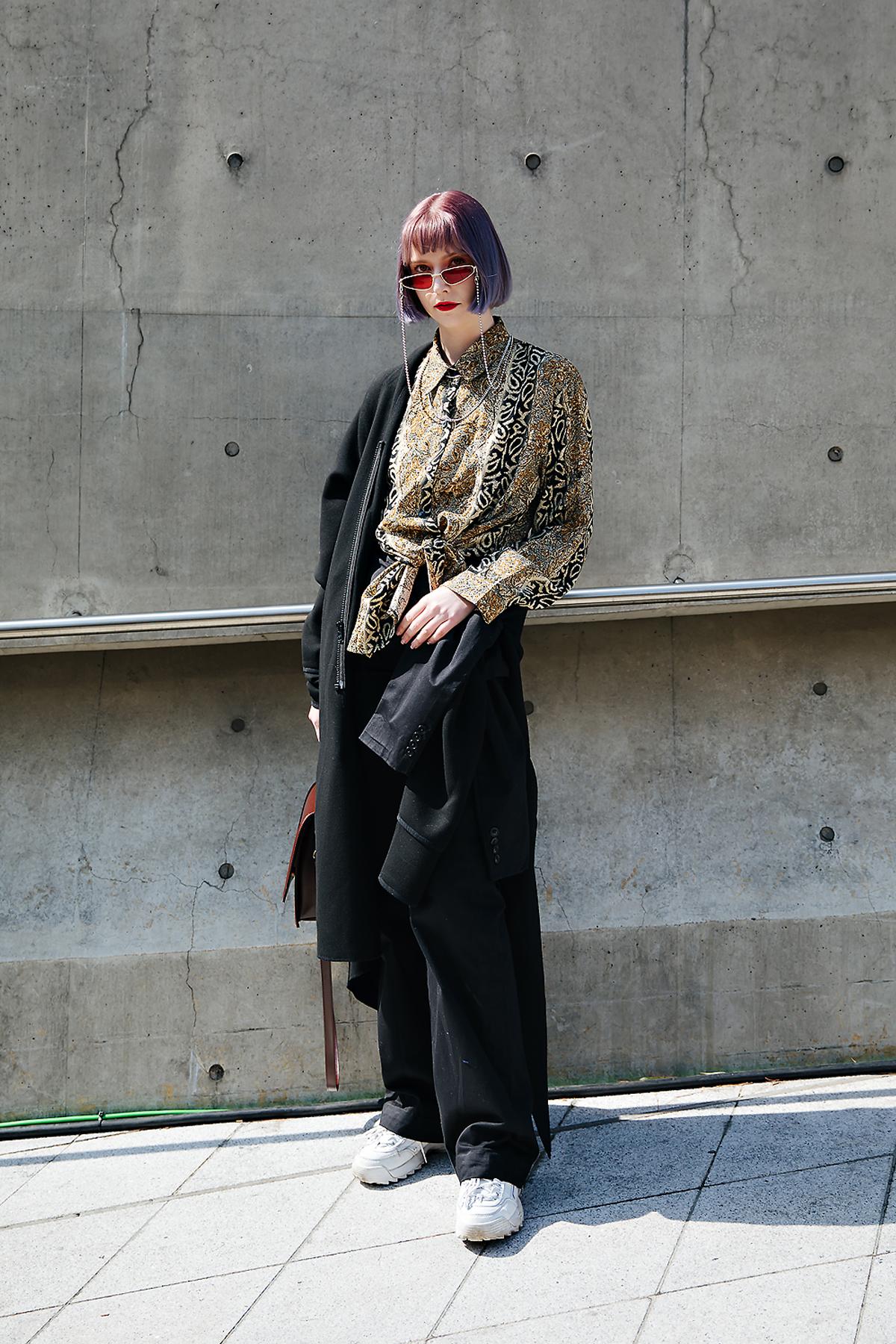 Kate white, SEOUL FASHION WEEK STREETWEAR WOMENS 2018FW