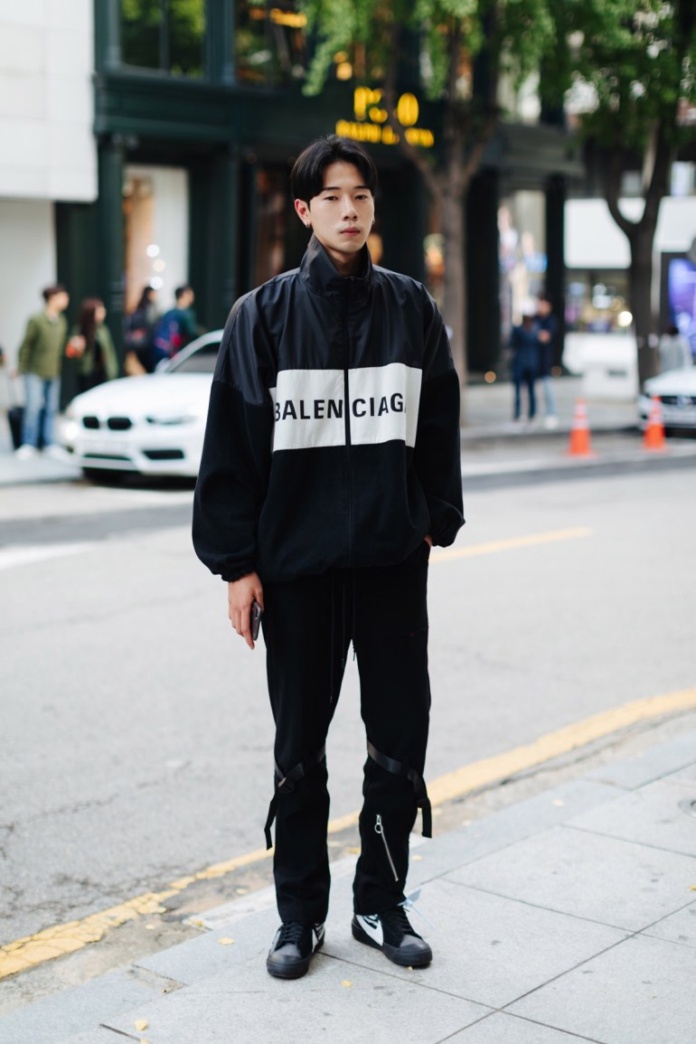 Men fall street style fourth week of october 2018 in seoul11
