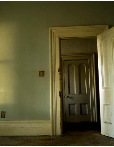 Door of Opportunity: Leaving Your Dorm Room Door Open