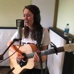 Gordi singing