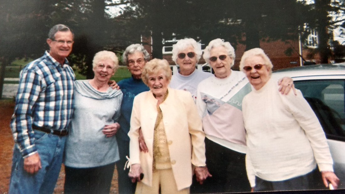 Ted, Helen, Betty, Christine, Claudine, Rachel, Front: Elizabeth Carroll