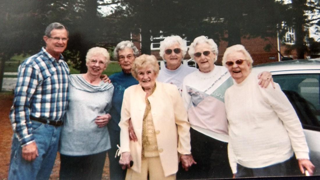 Ted, Helen, Betty, Christine, Claudine, Rachel, Front: Elizabeth Carroll