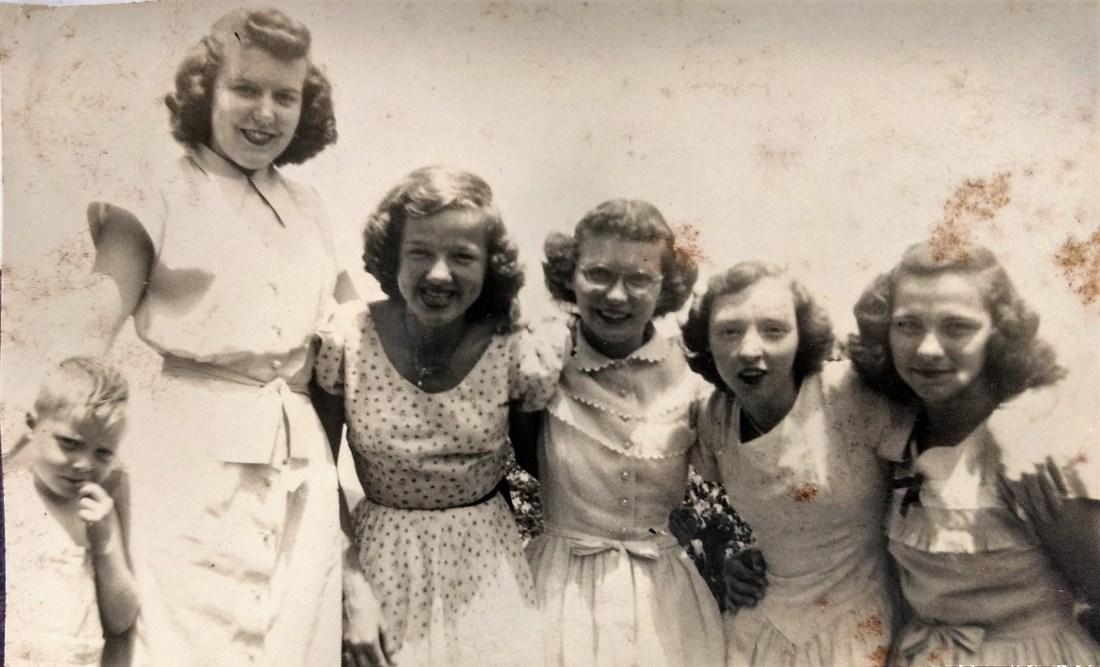 Rachel's son Jim, Mildred Garman, Louise Shelor, Evelyn Garman, Hilda Taylor, Kathleen Taylor