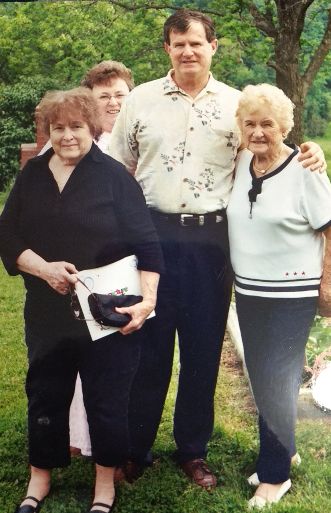 Nancy, Barbara, Ted, Mama