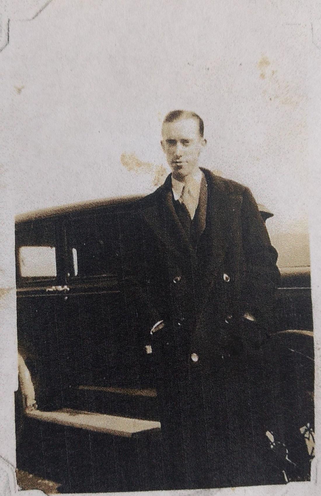 Earl Stone, Principal 1929-1930