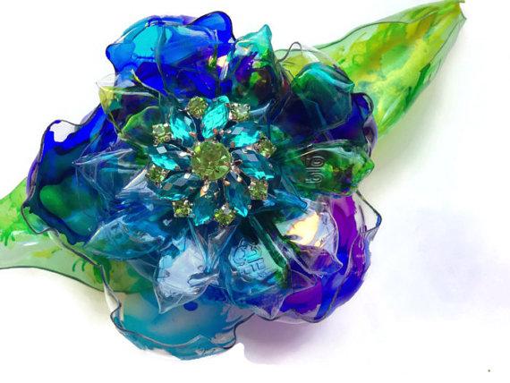 blueflowerpin