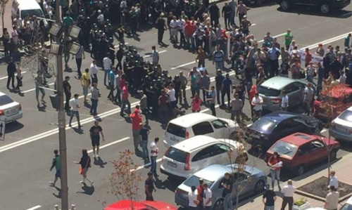 Мітингувальники перекрили рух на Хрещатику