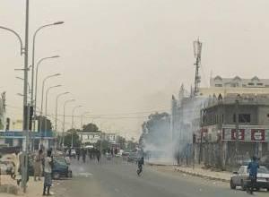 صورة نواكشوط: الشرطة تفرق تظاهرة لمحتجين قرب الجامع الكبير