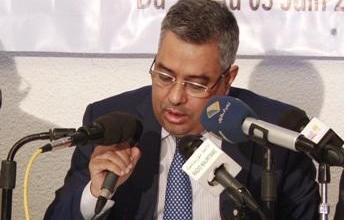 صورة التمديد 6 سنوات لمحافظ البنك المركزي الشيخ الكبير ولد مولاي الطاهر