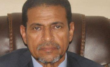صورة الوزير نذير ولد حامد  : قررت حجز نفسي بعد تأكيد إصابة أحد المديرين في الوزارة بفيروس كورونا