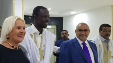 صورة الرئيس أحمدو تيجاني أتيام..  قام بعمله على أكمل وجه ..