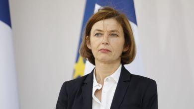 صورة وزيرة الجيوش الفرنسية : قوة برخان قتلت 4 قياديين بتنظيم القاعدة في مالي
