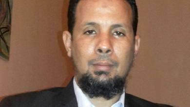 صورة توقيف ولد الشيخ سيديا بعد تأكيده حيازة وثيقة ثبت تورط مسؤولين كبار في تهريب الملايين من الدولار