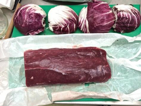 Rinderfilet-mit-Radicchio-Gorgonzola-Sauce-Meran-Laugenrind
