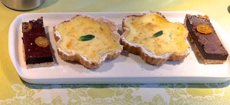 Fla de Ibiza – Kaesekuchen mit Mascarpone Ricotta - Zitrone und Minze IMG_2068