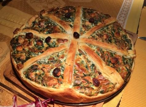 Feine Italienische Tarte mit Blätterteig Ricotta Spinat und Haselnuessen IMG_3095