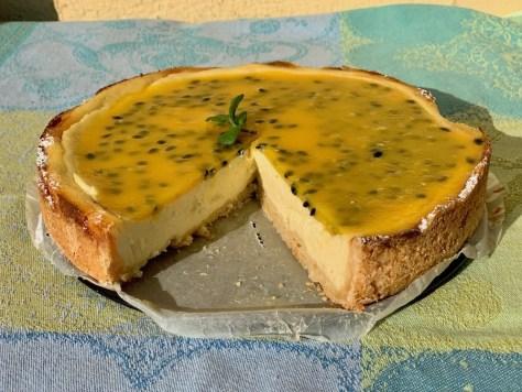 Kaesekuchen mit Passionsfrucht Kokos Ricotta Quark Frischkaese IMG_5310