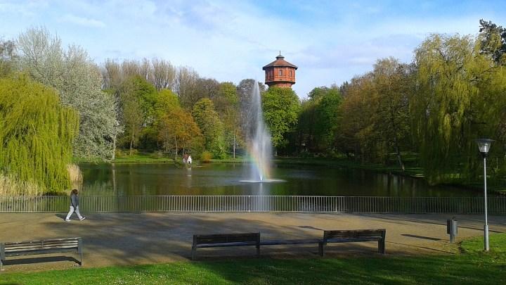 Regenbogen in der Fontäne am Stadtgraben