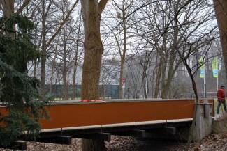 Brücke zum Stadtbad-Areal