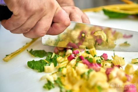 Wie macht man einen Mangoldstrudel - kochen im Jugendgästehaus in Wolfenbüttel