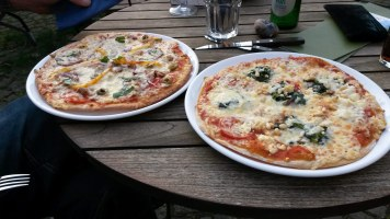 Pizza in der Wegwarte Lucklum