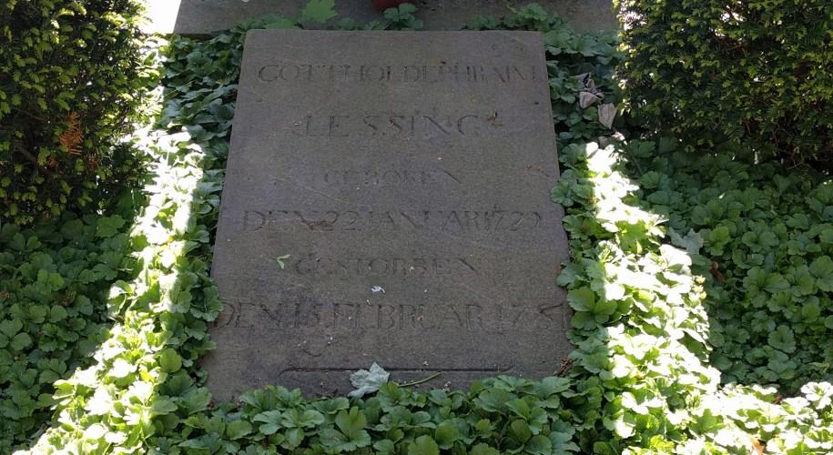 Lessings Grabstein in Braunschweig