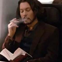 Johnny Depp vaping