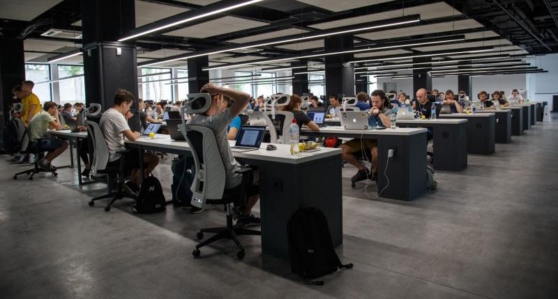 Eckschreibtisch - Die praktische Art Schreibtisch
