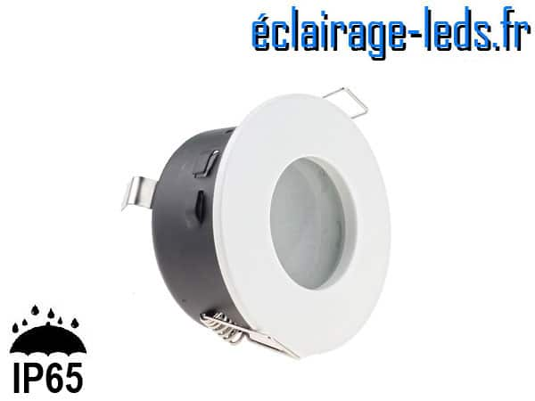 Spot LED encastrable blanc milieu humide IP65 perçage 70mm