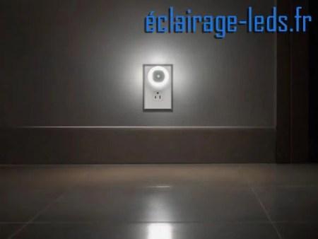 Lot de 3 veilleuses LED automatiques sur prise électrique mod. rond 230v