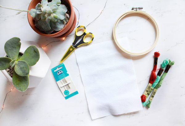 Learn How to Cross Stitch: Part 1 – Supplies